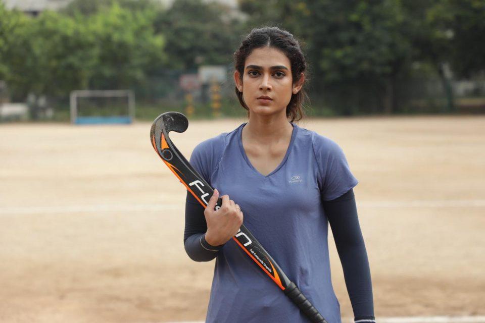 Clap_movie_Akanksha_Singh-ఆకాంక్ష-సింగ్-zeecinemalu