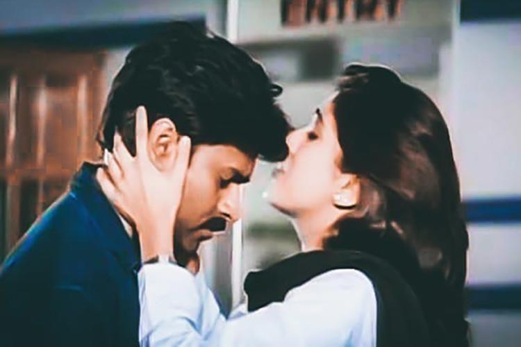 Pawan-kalyan-tholiprema-movie-23-years 2